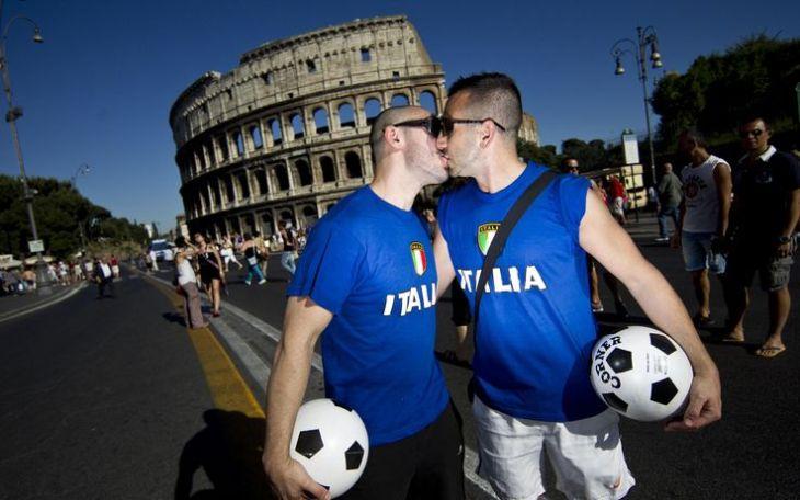 Gay pride, l'Onda parte da Roma il 7 giugno. Poi tour in ...