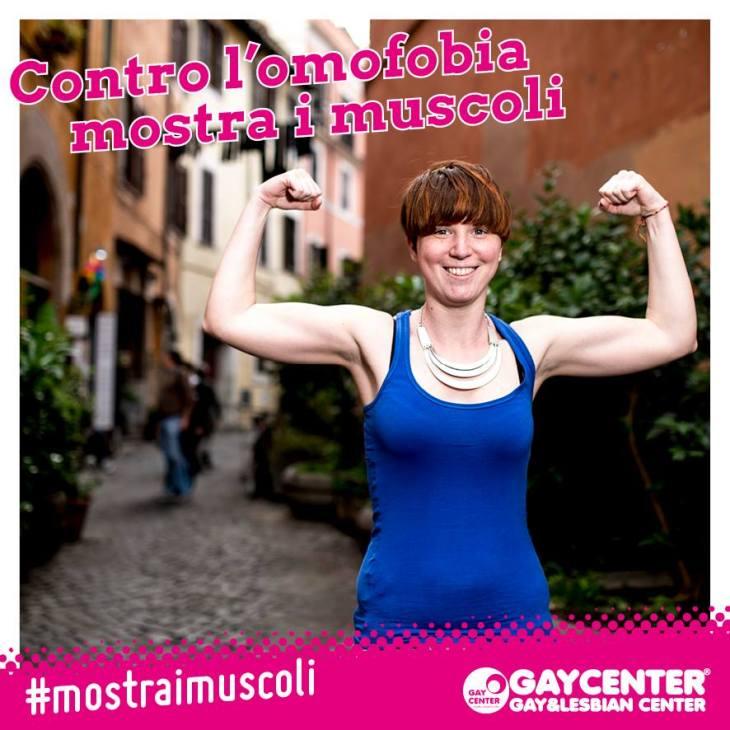 mostra i muscoli3