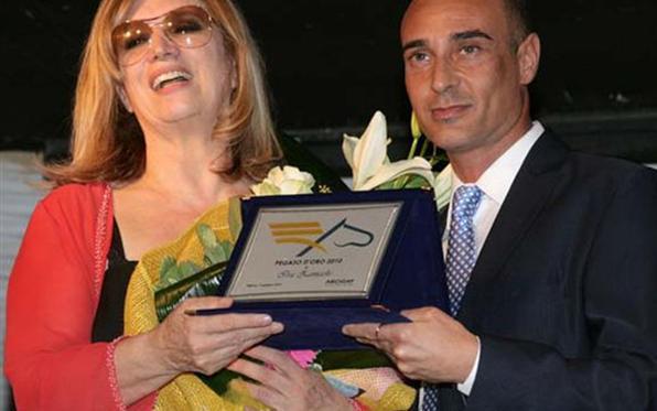 Paolo Patanè ex presidente Arcigay premia Iva Zanicchi