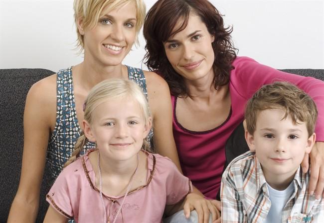 mamma-figli-famiglia_650x447
